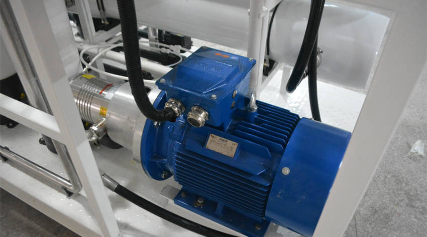 Main devices of desalination plants